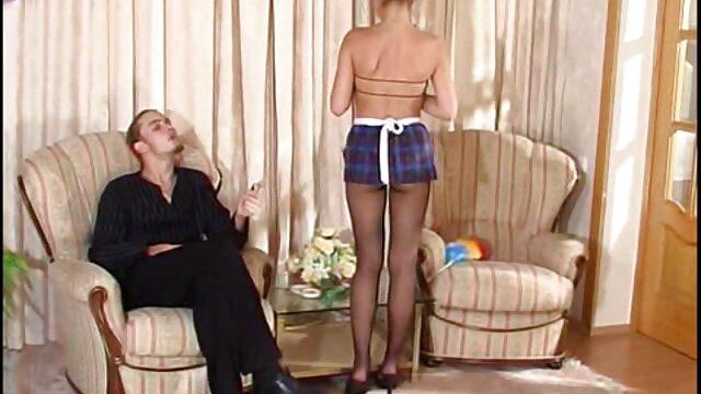 Zazie videosporno subtitulados en español Jeanette es follada a lo perrito
