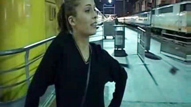 Oficial de hentai subtitulado a español LP vio a un adolescente que intentaba robar