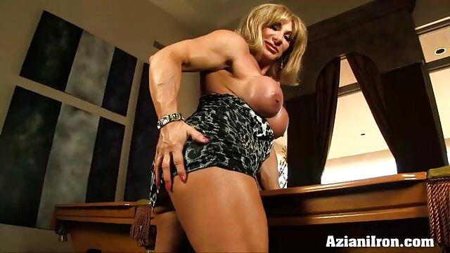 Zoey tetona con su juguete grande favorito porno subtitulado en español