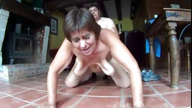 BBC se quita las video porno en sub español bragas y siembra senos