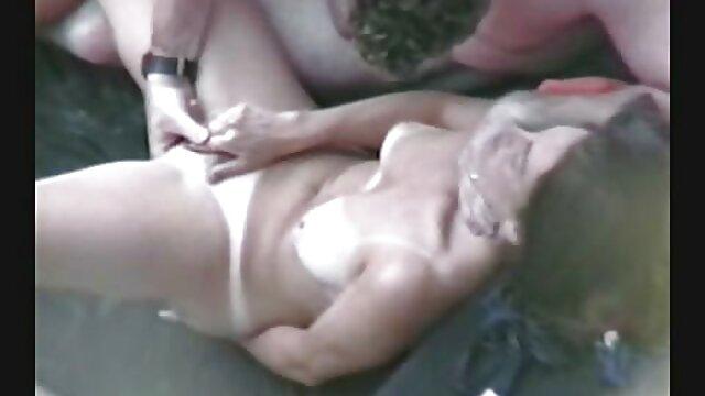 Petite xxx hentai sub español pelirroja adolescente ladrón consigue follada