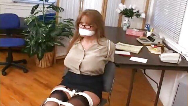 Ella ama la polla para su propia gratificación hentai porno subtitulado en español