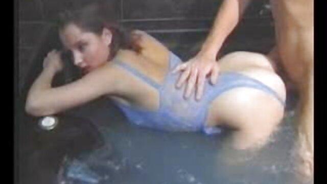 Mi milf expuesta esposa rubia caliente con sub porno español gafas y medias