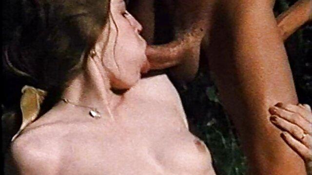 Caliente y sexy webcam babe folla culo follando sub español con consolador